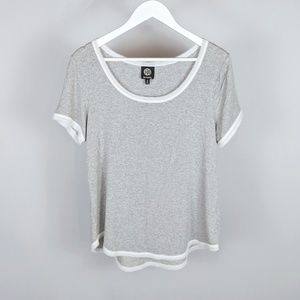 Bobeau gray and white tee
